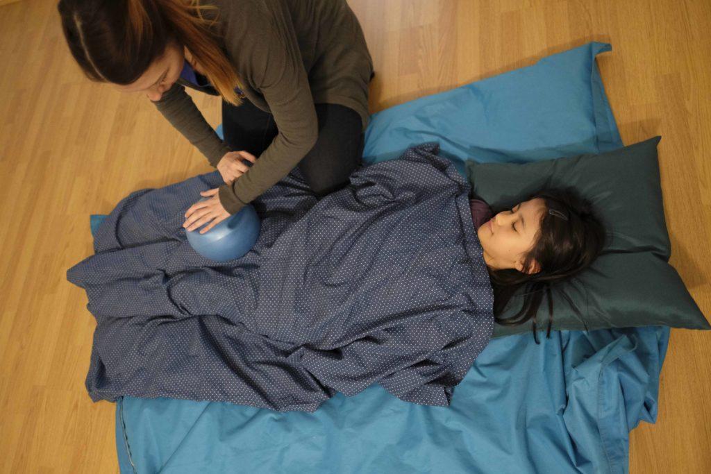 psychomotricite enveloppes limites corporelles vêtements
